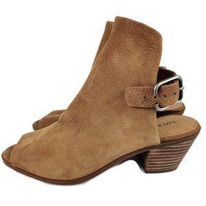 Lucky Brand Women's Bray Dress Sandal.